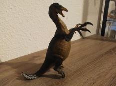 Therizinosaurus papo, crédit : Chris Bellabas