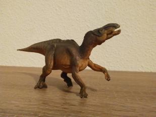 Iguanodon, Papo. Crédit : Chris Bellabas